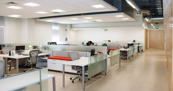 Masuri de preventie COVID-19 in birourile deschise sau open-space. Ce trebuie sa respecte angajatii si angajatorii!