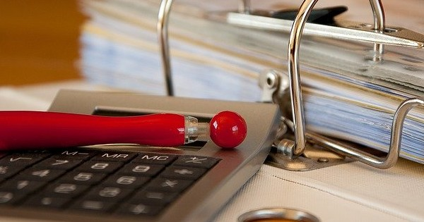 Codul muncii, modificat! Administratorii/lichidatorii firmelor in insolventa sau faliment, obligati sa elibereze adeverintele de vechime