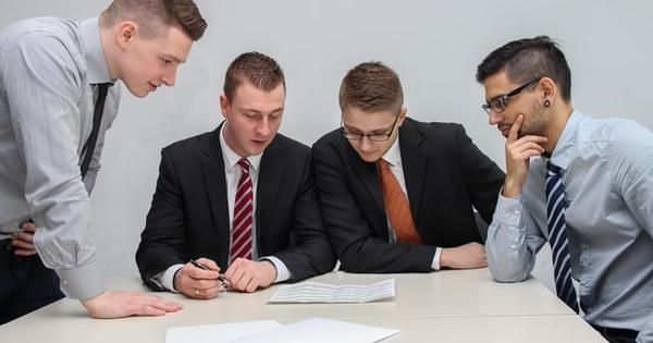 Concediul de odihna in cazul contractelor de mandat. Cum procedam?