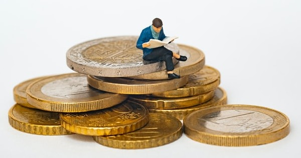 Tratamentul fiscal al primelor de asigurare voluntara de sanatate si al pensiilor facultative suportate de angajator