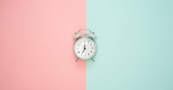 Putem incheia CIM cu un anumit numar de ore pe luna si nu pe zi?
