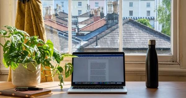 Editorial: Munca de acasa si programul flexibil sunt, in 2021,  secretul companiilor care nu vor sa dispara