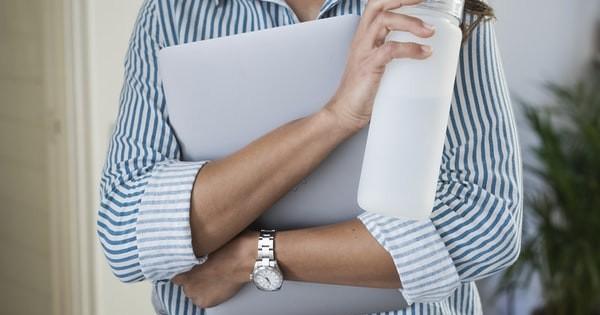 Rezolvati rapid problemele de legislatia muncii: consultanti si experti, ACUM la dispozitia dvs.!