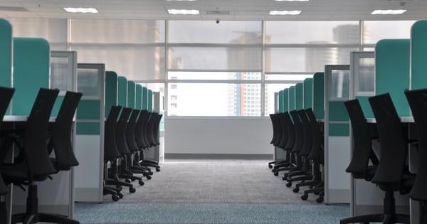 Cum gestionati absenteismul la locul de munca din cauza COVID?
