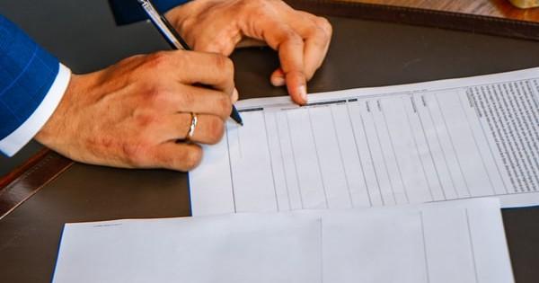 Fisa de identificare a factorilor de risc profesional e obligatorie pentru dosarul personal?