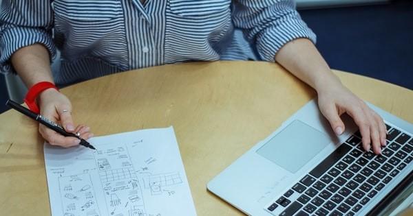 Instructiune proprie SSM pentru activitati de birou. Model editabil